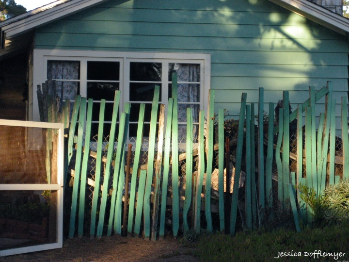2014-01-03_turquoise house
