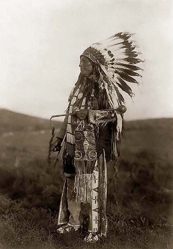photo by Edward S. Curtis, 1097, courtesy of www.old-picture.com